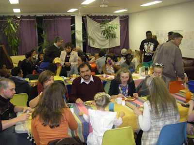 thanksgiving-casa-crowd-small