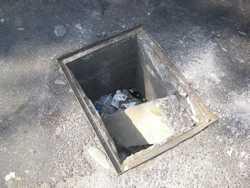 street-hole-small
